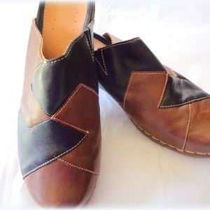 Women's Dimensions Clogs